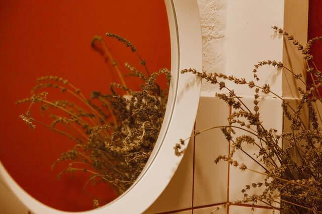 Aynalarla Boyut Katın
